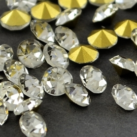 15 strass punt steentjes clear  SS16 4mm Back Plated, Diamond, Crystal