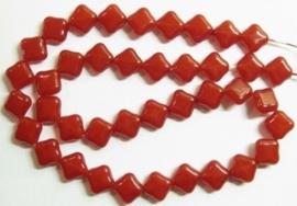 10 stuks prachtige vierkante kralen van melkglas 10 x 10 x 5mm Rood