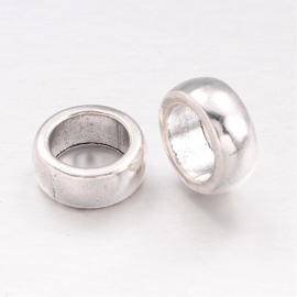 10 stuks Tibetaans zilveren gesloten ringen 11 x 5mm gat: 7,5mm