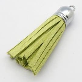 2 x Prachtig kwastje van suede  en messing  12 x 56mm mint groen
