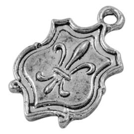10x Tibetaans zilveren bedel van een schild van een ridder 24 x 15mm x 2mm gat::2mm