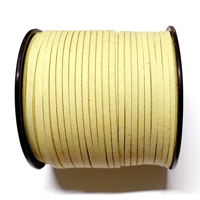 Faux suède veter,  zacht geel, 1 meter x 3mm