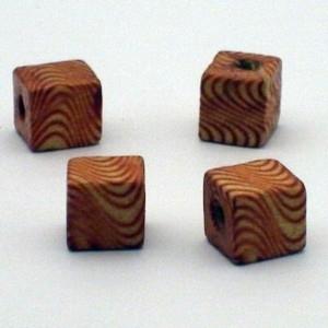 25 x  Houten vierkante kraal 10x10mm Gat: c.a. 3mm