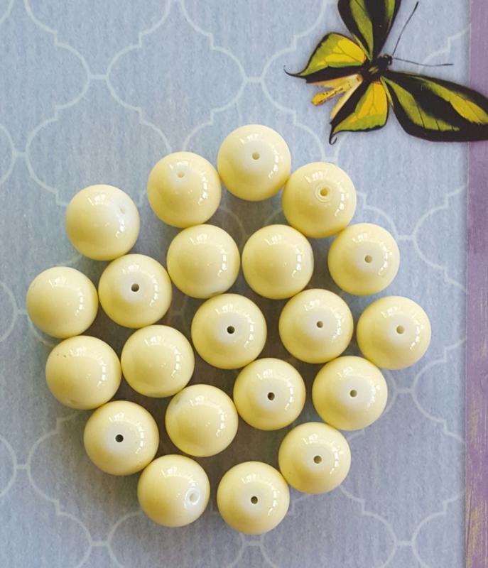 10 stuks Keramische glaskralen  12mm zacht geel