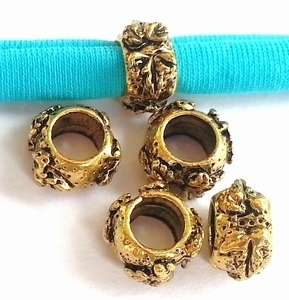 Per stuk European Jewelry kraal metaal rondel met bloemen antiek goud 8 mm