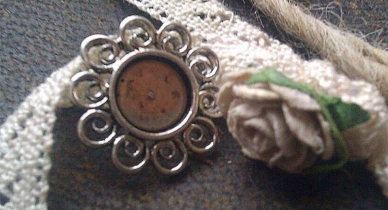 Per stuk antiek zilveren kastje/hanger zonder steentje 17 mm