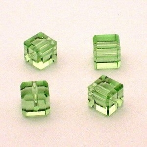 Preciosa Handgeslepen kristal kraal 8mm licht groen