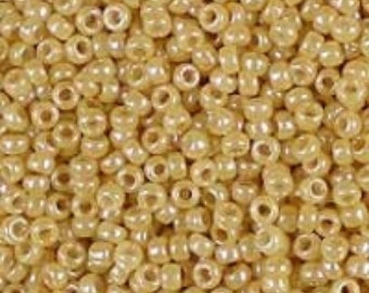 20 gram rocailles oker geel glans 1,5  x 1 mm