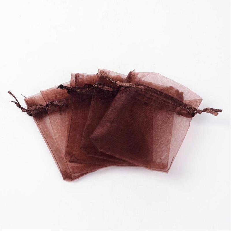 c.a. 100 stuks bruine organza zakjes 7x9 cm