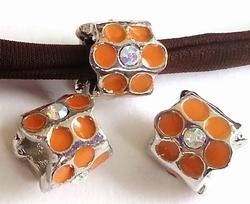 Per stuk European Jewelry bedel rond oranje met strass antiek zilver 9 mm