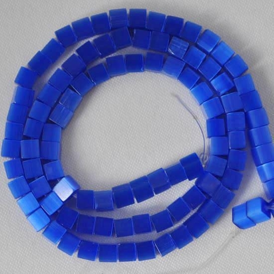 20 stuks Glaskraal kubus cate-eye 4mm blauw