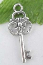 10 x Tibetaans zilveren sleutel 10x23mm