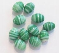 10 Stuks Glaskraal India ovaal groen/wit gestreept 11 mm