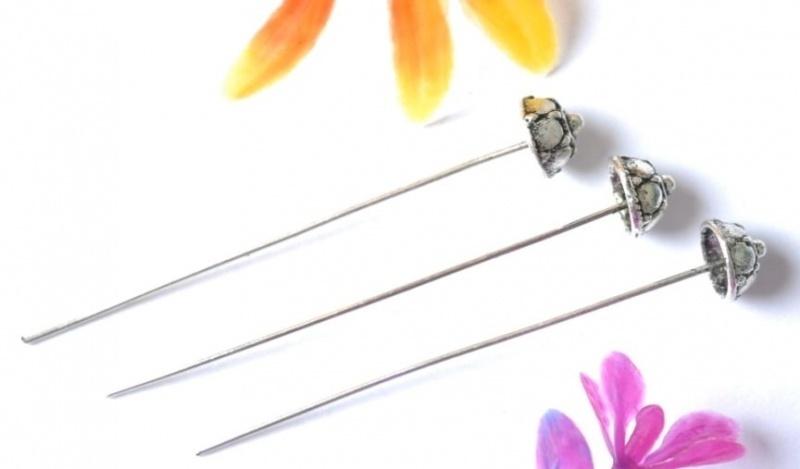 25 x Bloemen nietstiften 53 x 0,7mm Tibetaans zilver