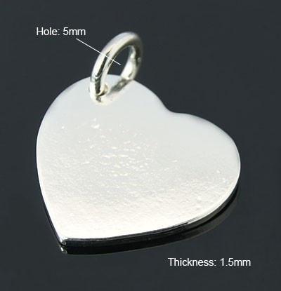 2 x Basic quality blanco bedeltjes hart Platinum kleur  21 x 20 x 1,5mm oogje: 5mm.