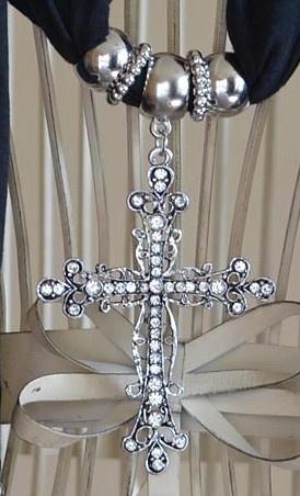 Schitterende Polyester Katoen bedel sjaal zwart met metalen groot Kruis hanger met strass