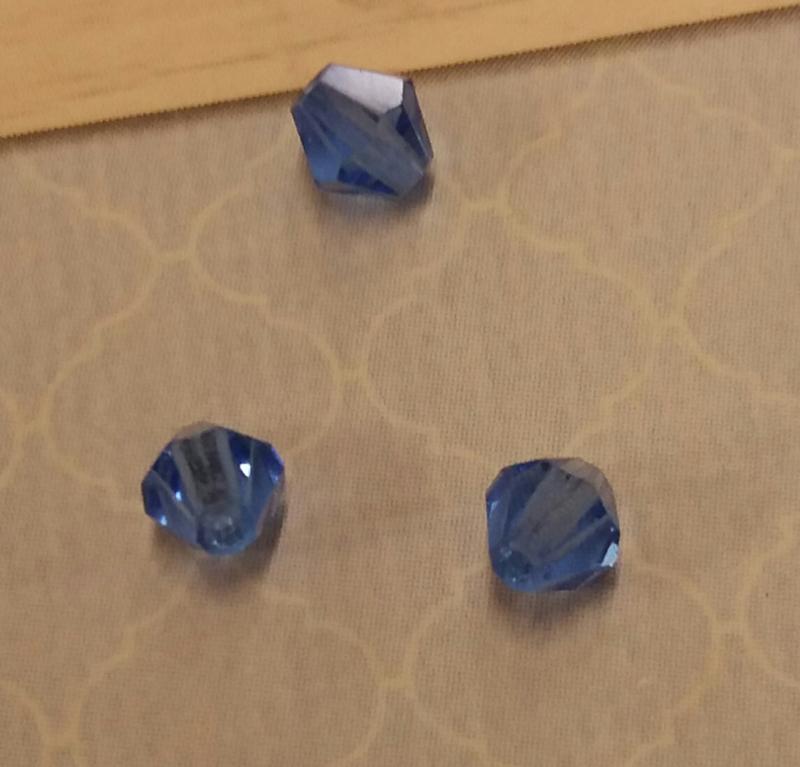 30x preciosa kristal bicone  blauw 4 mm Gat: 1 mm