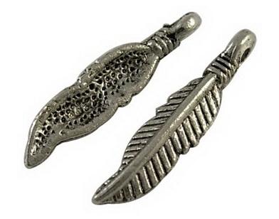 10 stuks Tibetaans zilveren bedeltje van een veer 4 x 19mm gat: 1,5mm
