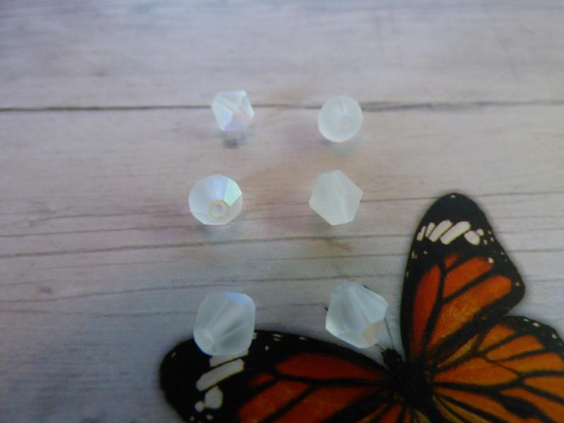 25 xPreciosa Kristal Bicone afmeting ca. 5.5mm oogje:1mm