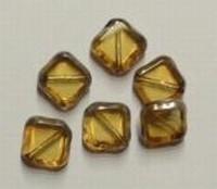 10 stuks Glaskraal vierkant 10 x 4mm