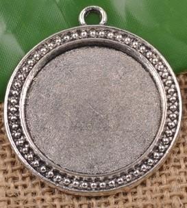Houder M: Prachtige ronde Cabochon of Camée houder. Binnenzijde: 30mm