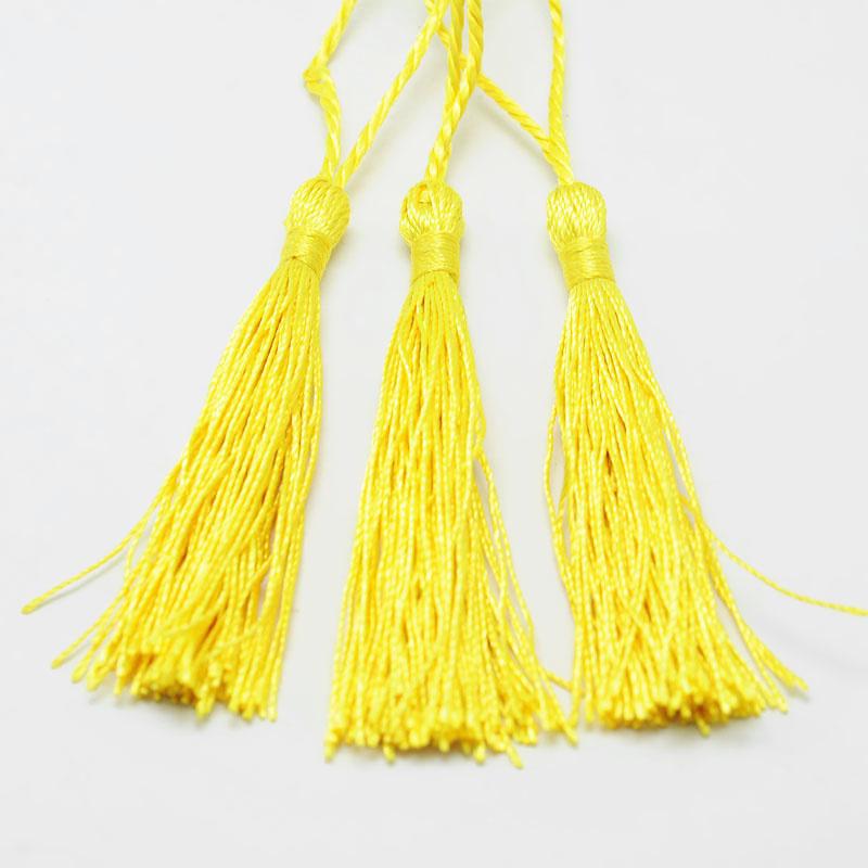 Fel gele satijn kwast lengte kwast 9 cm incl. lus 12cm *