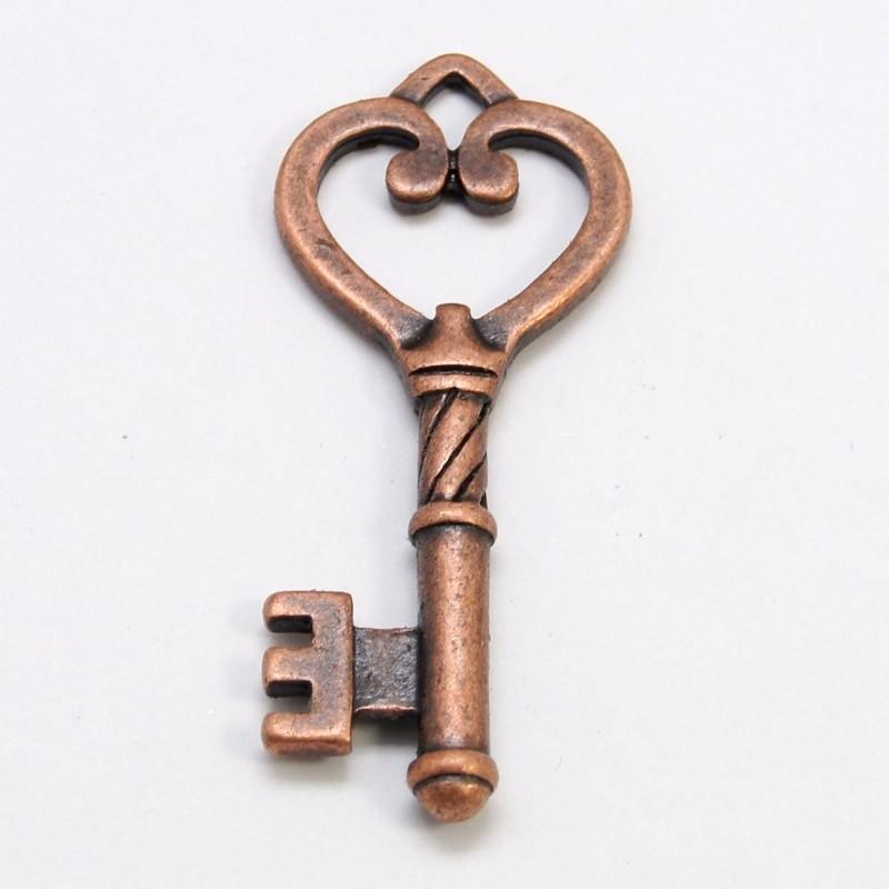 4 x Tibetaans zilveren sleutel 46,5 x 18 x 4mm gat: 3mm rood koper kleur