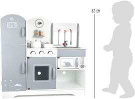 Keuken voor kinderen met koelkast grijs wit