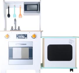 Kinderkeuken met draaibare counter