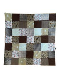 Speelkleed boxkleed 100 x 100 cm patchwork diertjes & verkeer