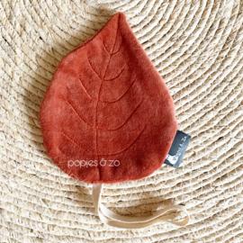 Speendoekje velvet leaf blad brique roestbruin