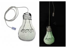 le petit m glow in the dark lampje kussen