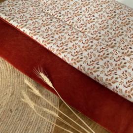 XL speelkleed 100 x 135 cm brique roest velvet & droogbloemen hydrofiel