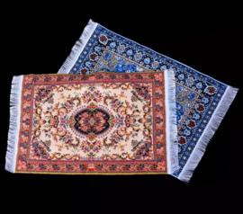 miniatuur perzisch tapijtje vloerkleed poppenhuis bruin of blauw
