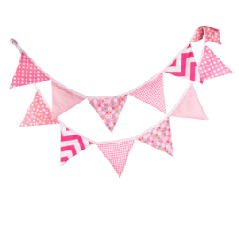 Vlaggenslinger roze wit zonder naam