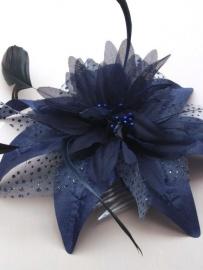 Donker Blauwe Bloem Fascinator