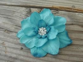 Kleine Haarbloem Turquoise met Fonkelend Hartje
