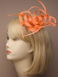 """Oranje Sinamay """"Strik"""" Fascinator"""
