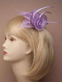 Paarse Sinamay Fascinator
