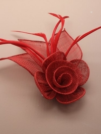 Rode Sinamay Fascinator