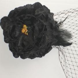 Black Flower & Net Hair Clip