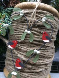 Robin Heart  xmas roodborstje hart met mistletoe