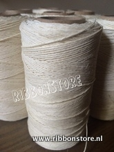 Linen Thread off white