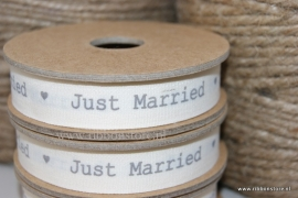 PR 12160 NEW ....Just Married