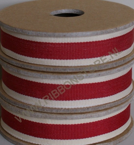 Red stripe with cream edge