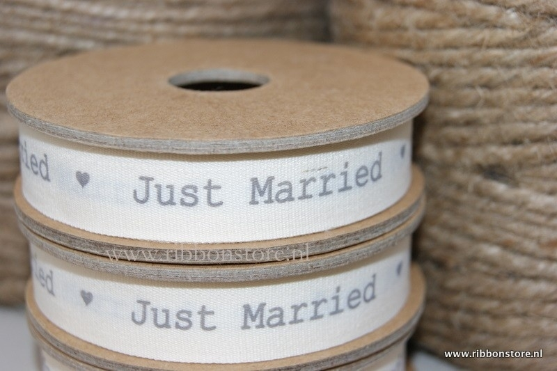 JUST MARRIED 20 mtrs