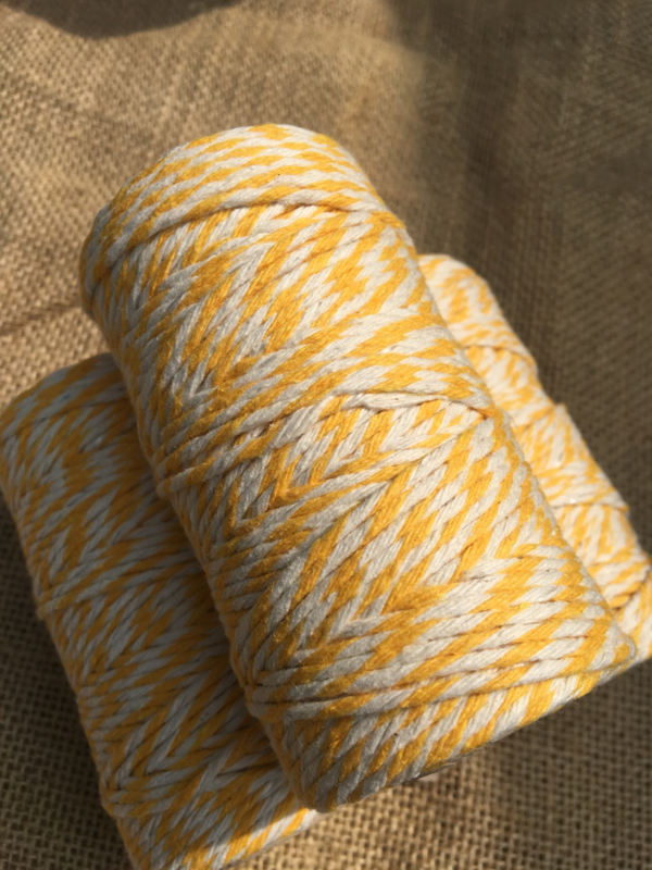 Bakerstwine Yellow/ offwhite