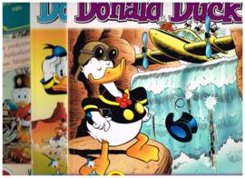 set van 3/ vrolijke stripverhalen/ Donald Duck/ De speurtocht naar Gullebroer/ De laatste druppel/  Het dagboek....