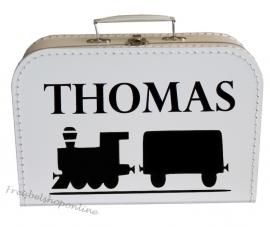 koffertje met naam en afbeelding van trein