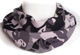 Grijs en zwarte camouflage sjaal